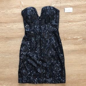 Sequined strapless dress